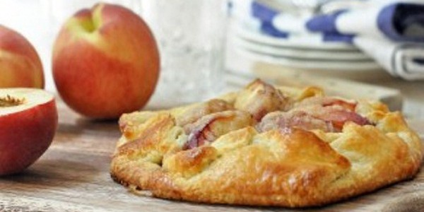 Peach And Berry Crostata