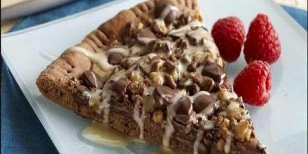 Pizza Coklat Kacang Hazelnut